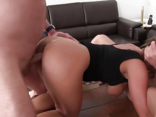 xxxOmas – Polish Sexy Susi in German threesome