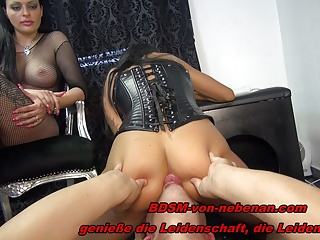 2 GERMAN BDSM TEENS – FACESITTING TRAMPLING NS – REAL USER