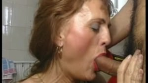 naughty-hotties.net – Redhead German mature.wmv