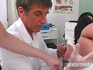 Analuntersuchung beim Frauenarzt