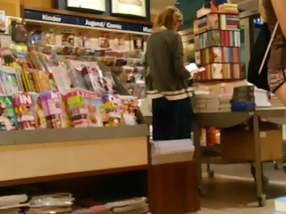 asscheeks in book store 2