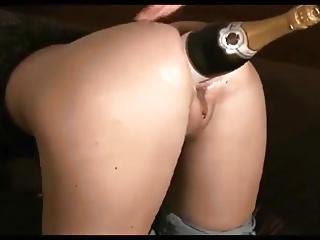 Blonde Schlampe Harcore stimuliert