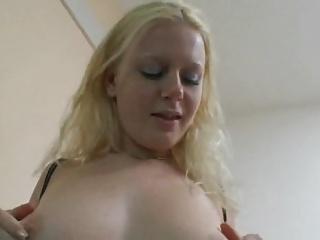 Gorgeous Vivian (German)