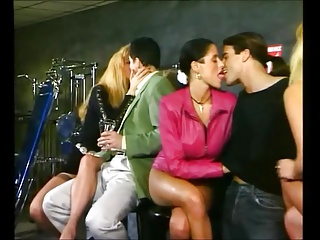 Gruppensex im Fitnesstudio