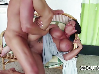 Private SexTapes of German Stepmom who Seduce Him to Fuck