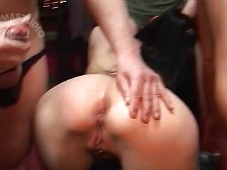 Kinky Creampie Sluts: Texas Patti and Sandra —————