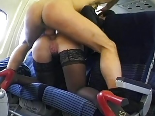 Sex in the Airplane – AP