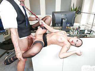BUMS BUERO – German MILF Kate Nox in dirty office fuck