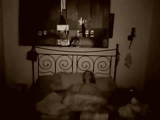 Freundin heimlich beim Masturbieren gefilmt spycam amateur