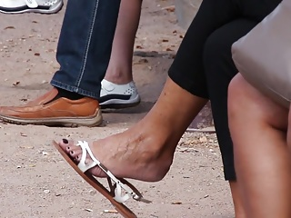 granny with nice feet and hot dangling show in flats