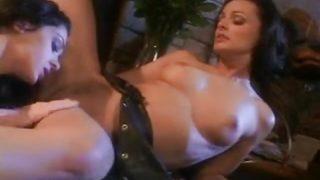 Luna Lane lesbian fun with Cameron Cruz