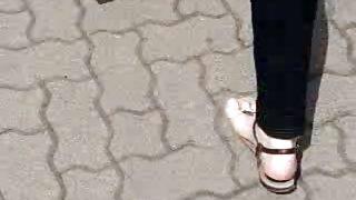 Public Feet 44
