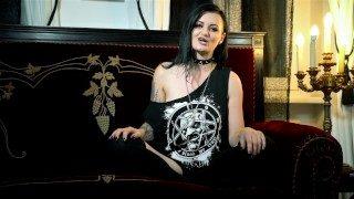 Alissa Noir der neue Amateur Pornostar